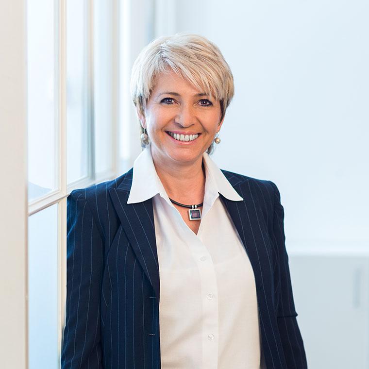 Karin Gfall
